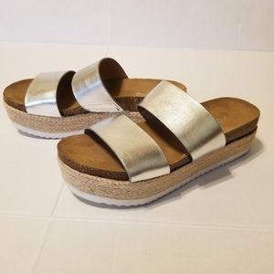 ✌️ Brash platform sandals size 5